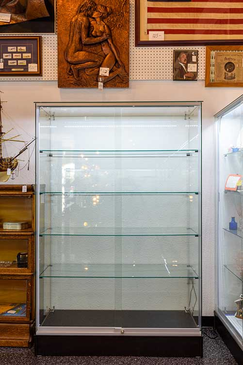 empty-antique-showcase