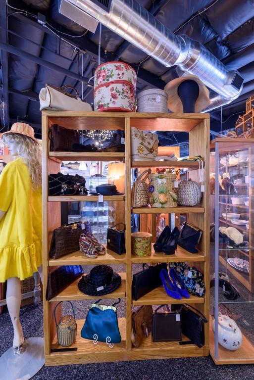 sm-06_08_20_Las Vegas Antique Center_35